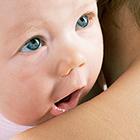 regurgitación del bebé